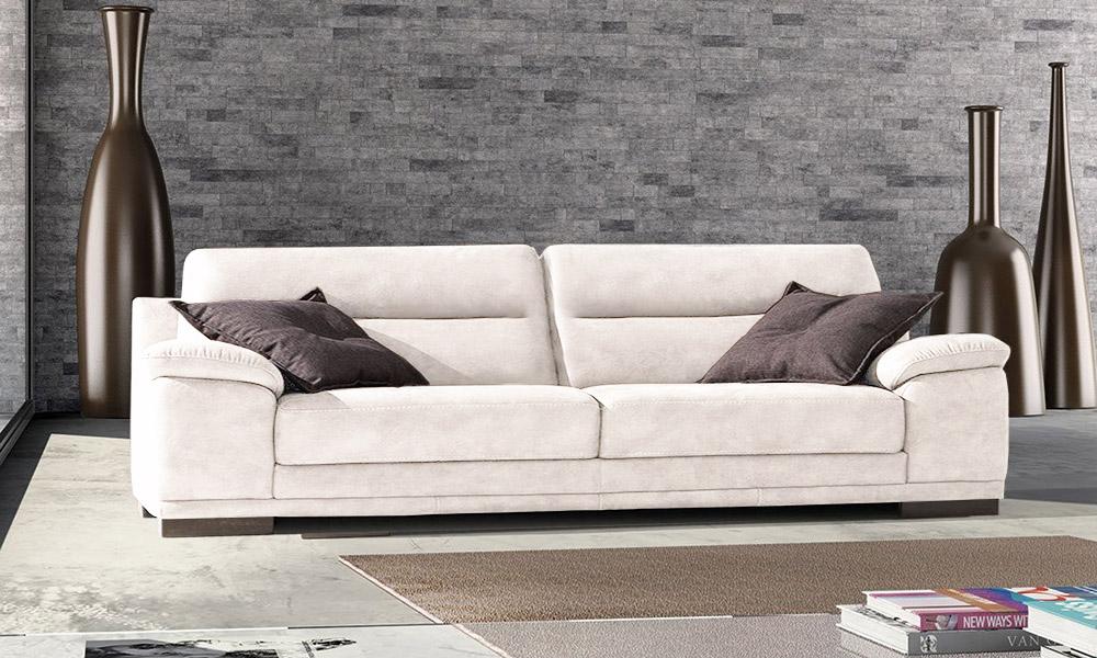 Salotti e divani in offerta nel altamura for Divani 3 posti moderni
