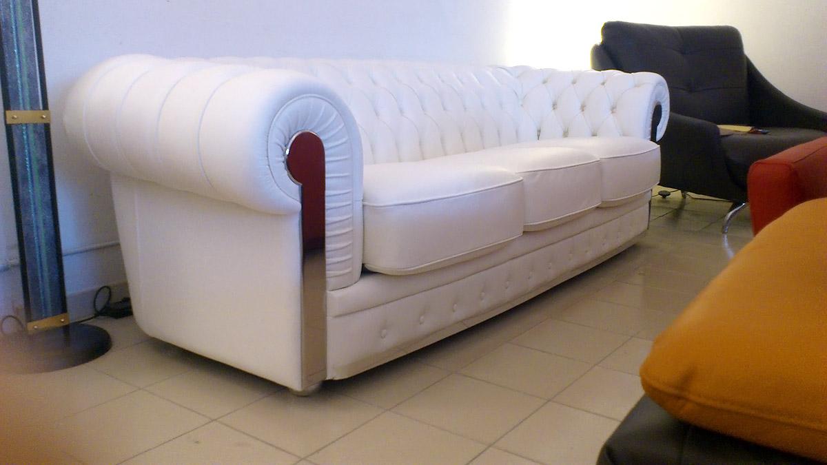 Salotti e divani in offerta nel altamura - Divano classico in pelle ...