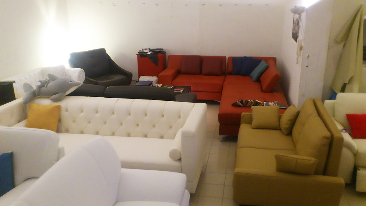 Divani in pelle altamura : Salotti e divani in offerta nel altamura
